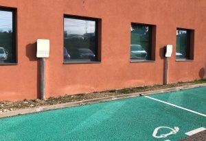 Borne recharge véhicule electrique nimes gard 2